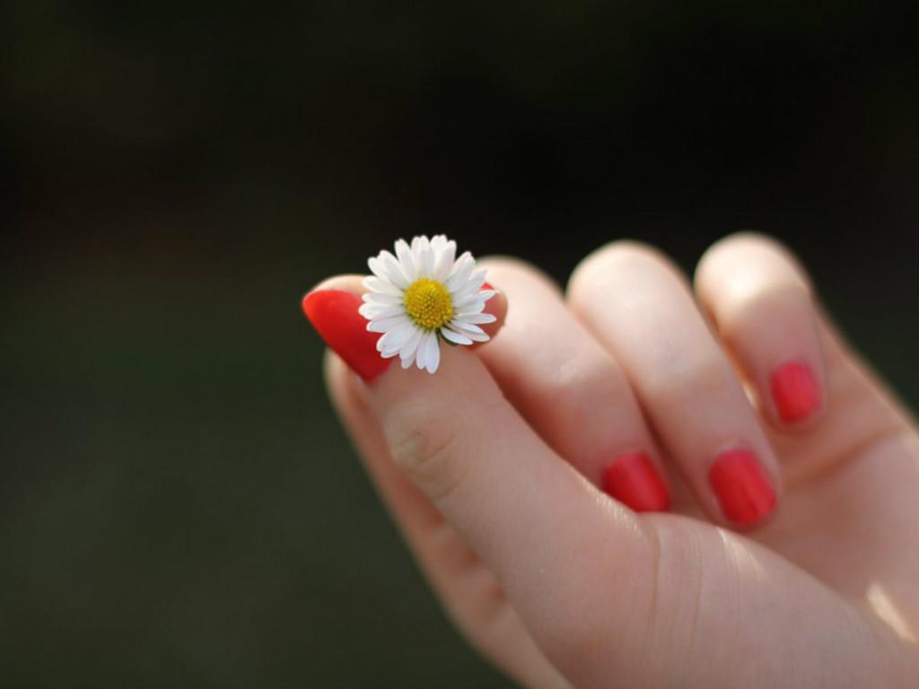 codzienna pielegnacja paznokci