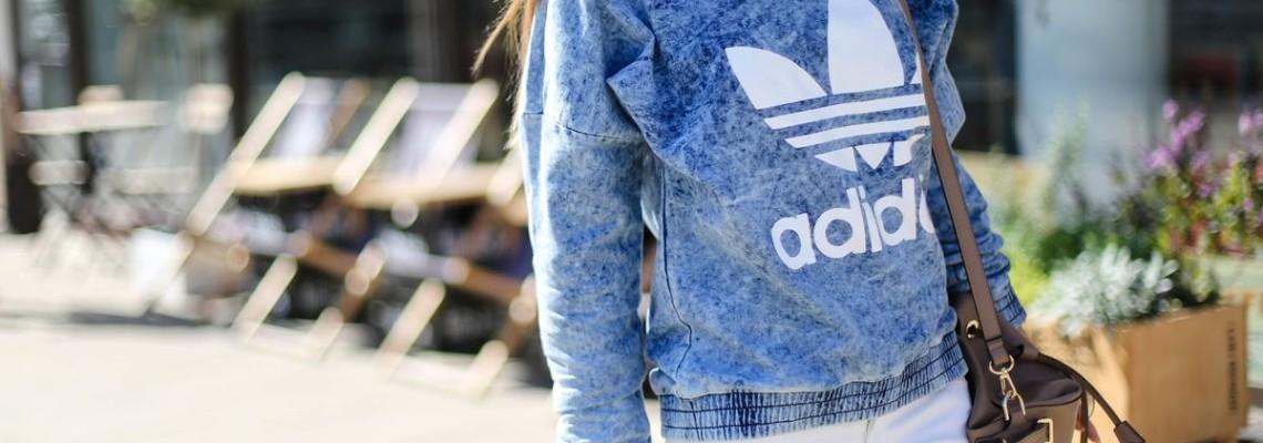 Bluzy oversize – moda na młodzieżowy look