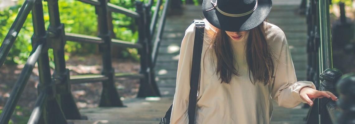 Koszule damskie – sprawdź, co nosić w tym sezonie