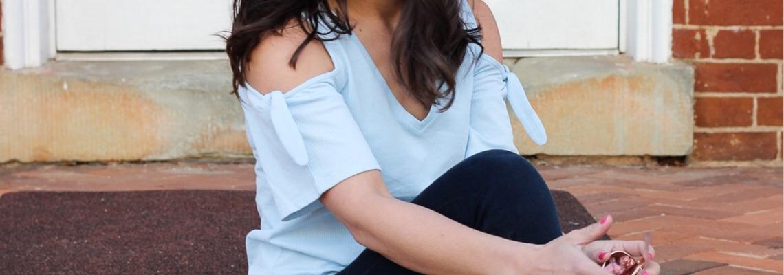 Bluzki cold shoulder – nowy trend na wiosnę!